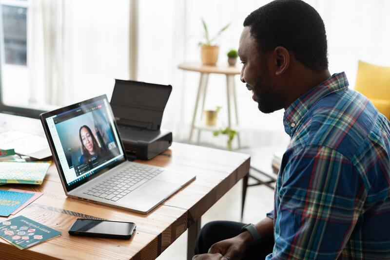 linkedin para empresas ayuda a crear alianzas de trabajo